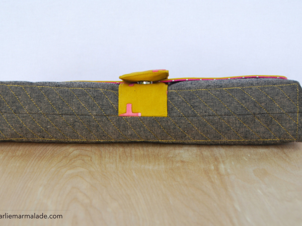Charlie Clutch {Limited Addition} contrast stitching