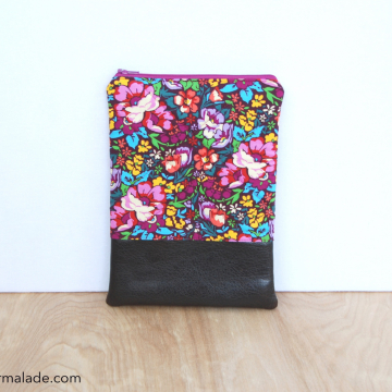 Mini QTech Case {Plum Garden}